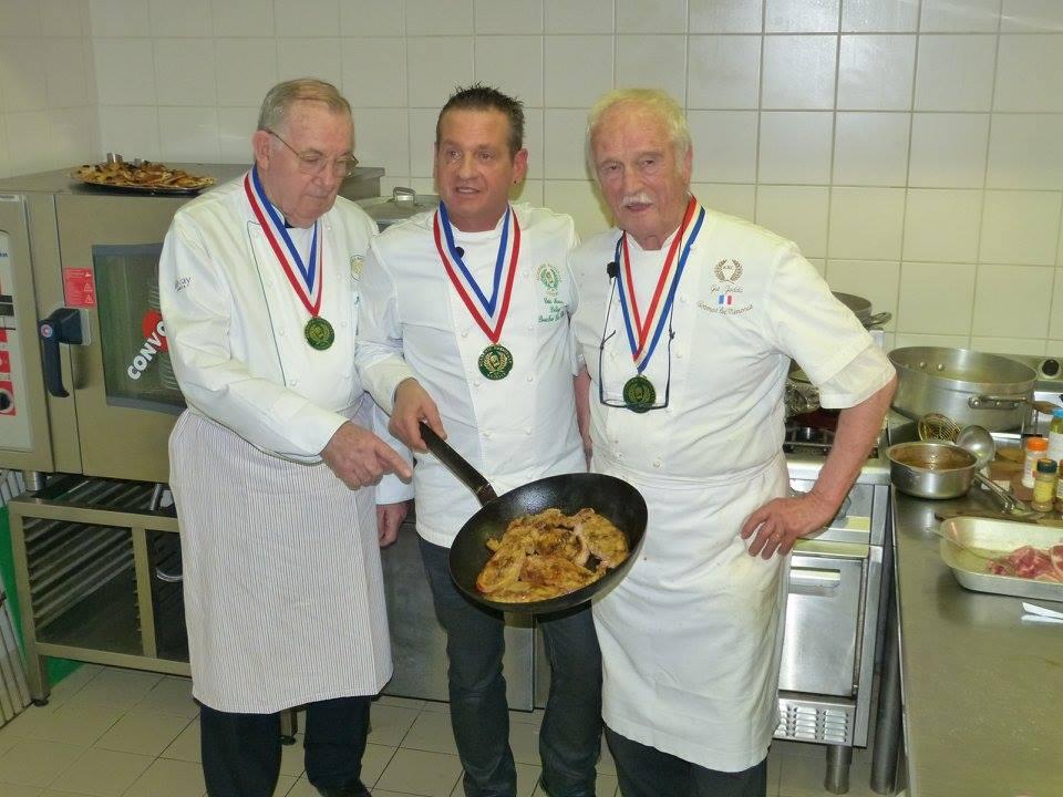 Un couscous la marseillaise chez au fond de nos for Academie nationale de cuisine