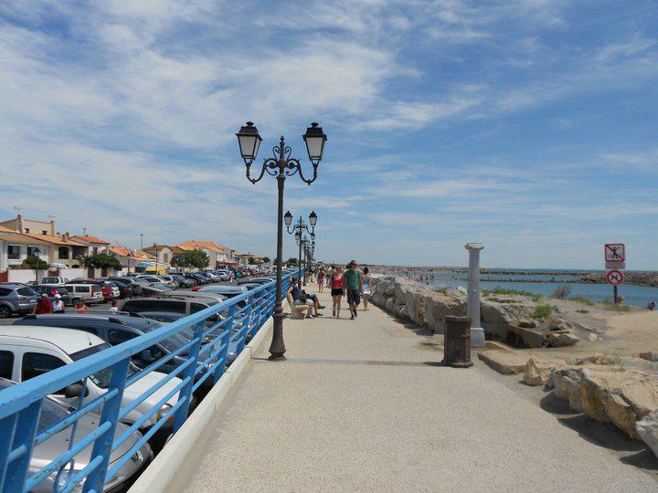 promenade saintes maries de la mer camargue