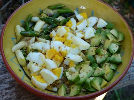 recette power bowl asperges oeuf avocat