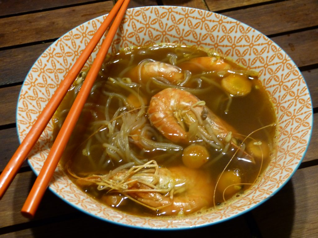Une bonne soupe miso aux crevettes et au konjac gourmicom - Soupe miso ingredient ...