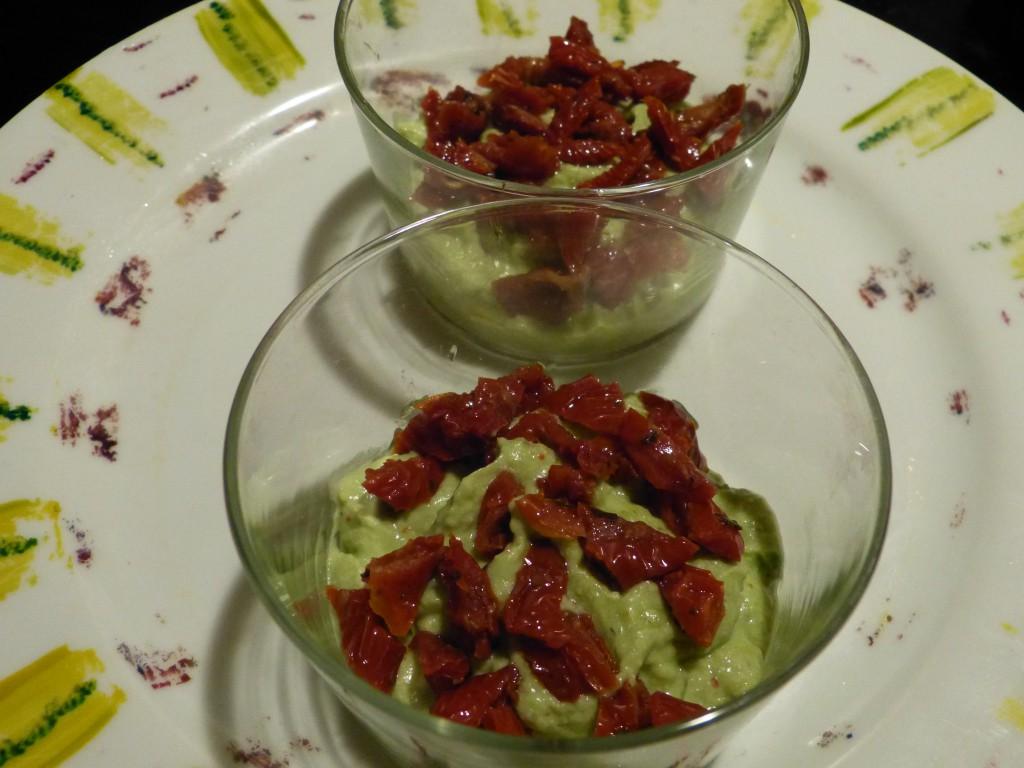 recette-verrines-oeufs-caille-guacamole