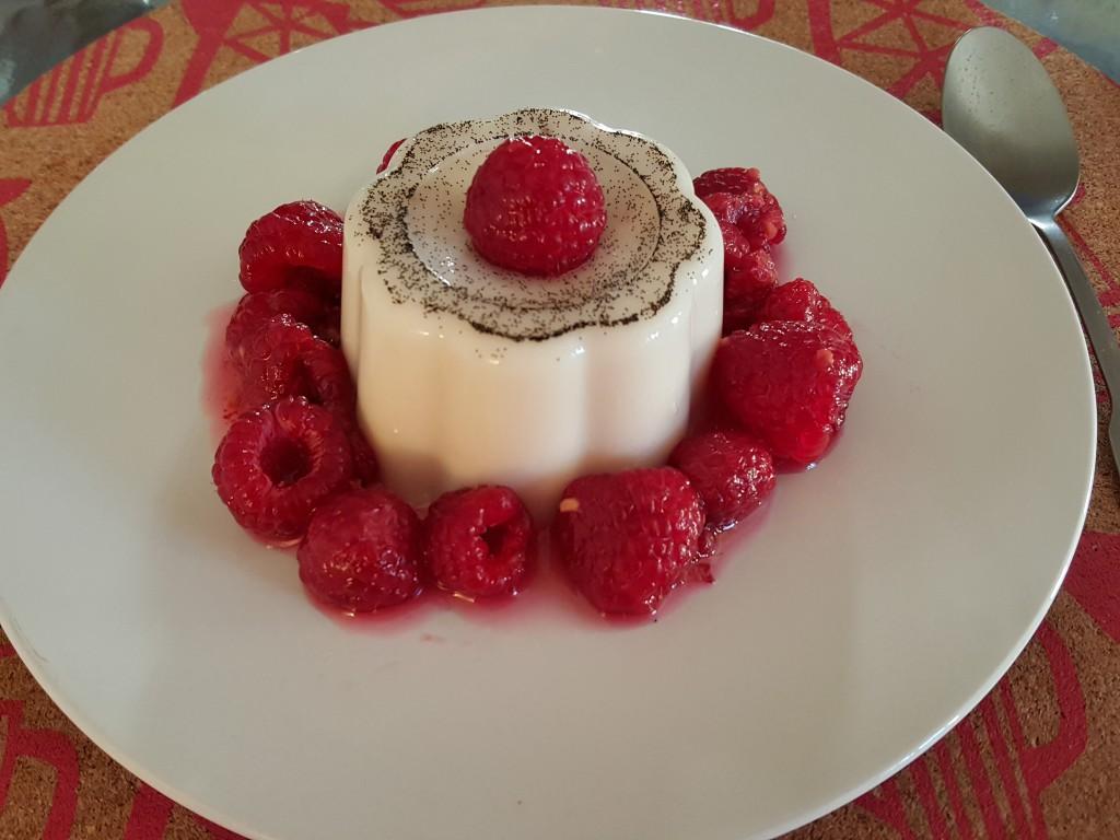 recette entremets vanille amandes dessert framboises