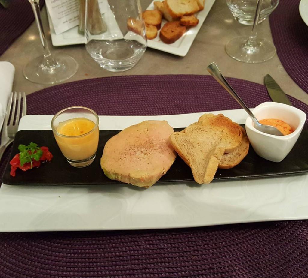 restaurant-la-table-du-roy-salon