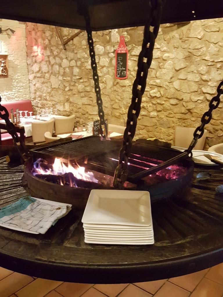 restaurant-velaux-flambee-du-village