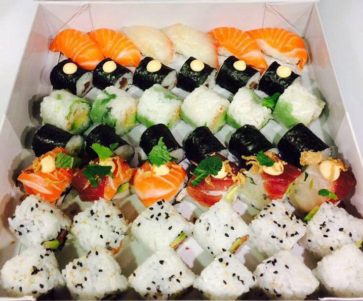 hai sushi un restaurant japonais diff rent salon de provence gourmicom. Black Bedroom Furniture Sets. Home Design Ideas
