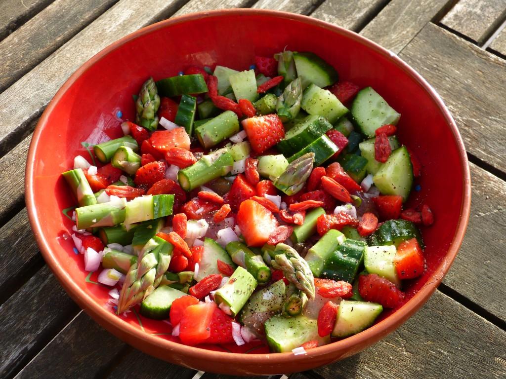 recette salade fraise asperge