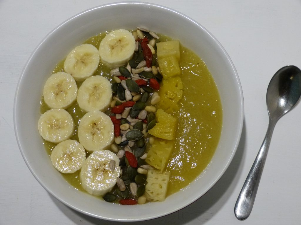 recette smoothie bowl graines ananas banane