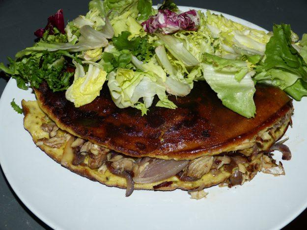 Une omelette rustique au maquereau tout en finesse