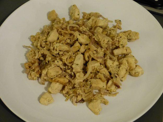 Oeufs brouillés au poulet façon asiatique