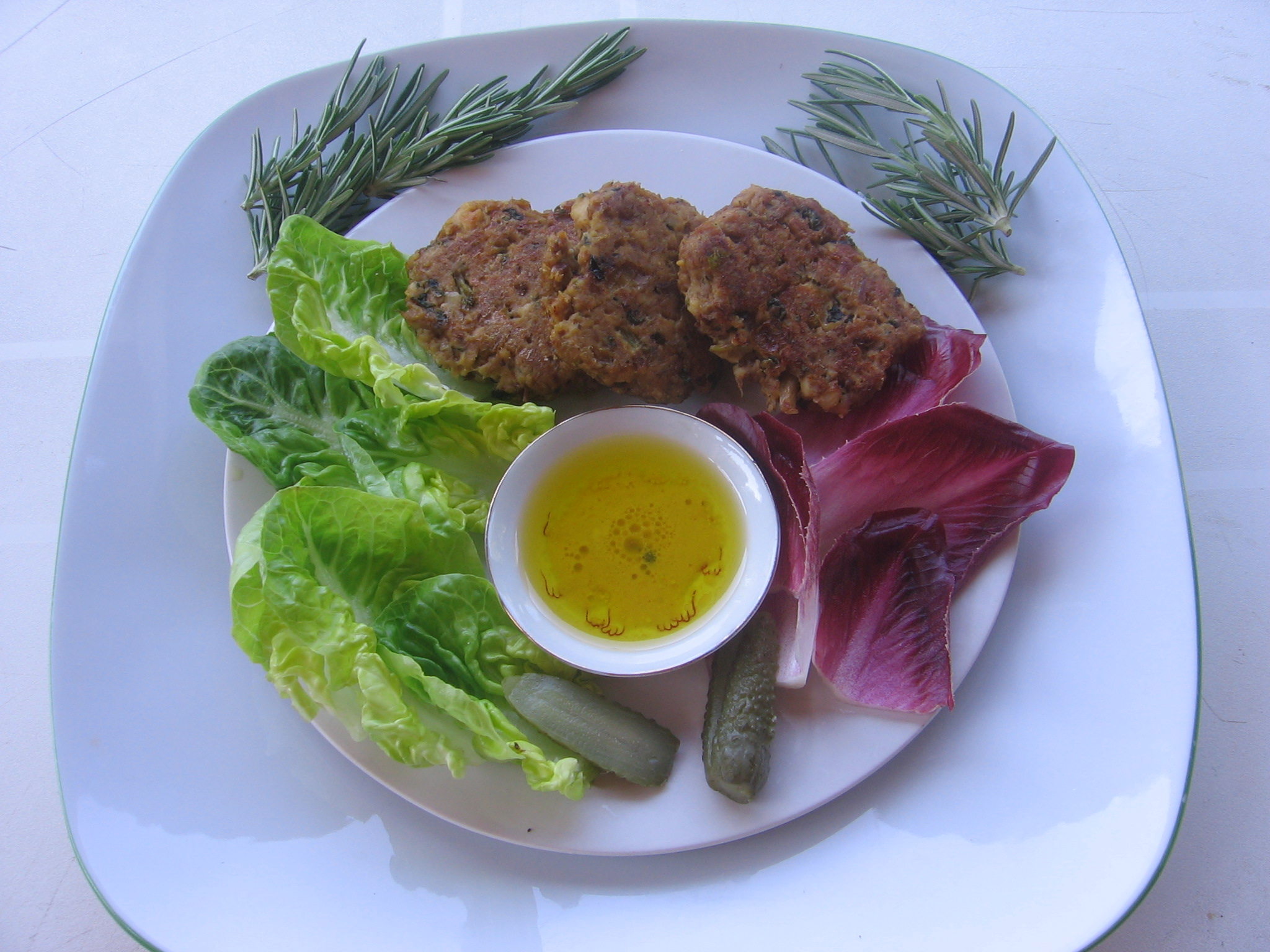 Croquettes de poulet et leur petite salade gourmande