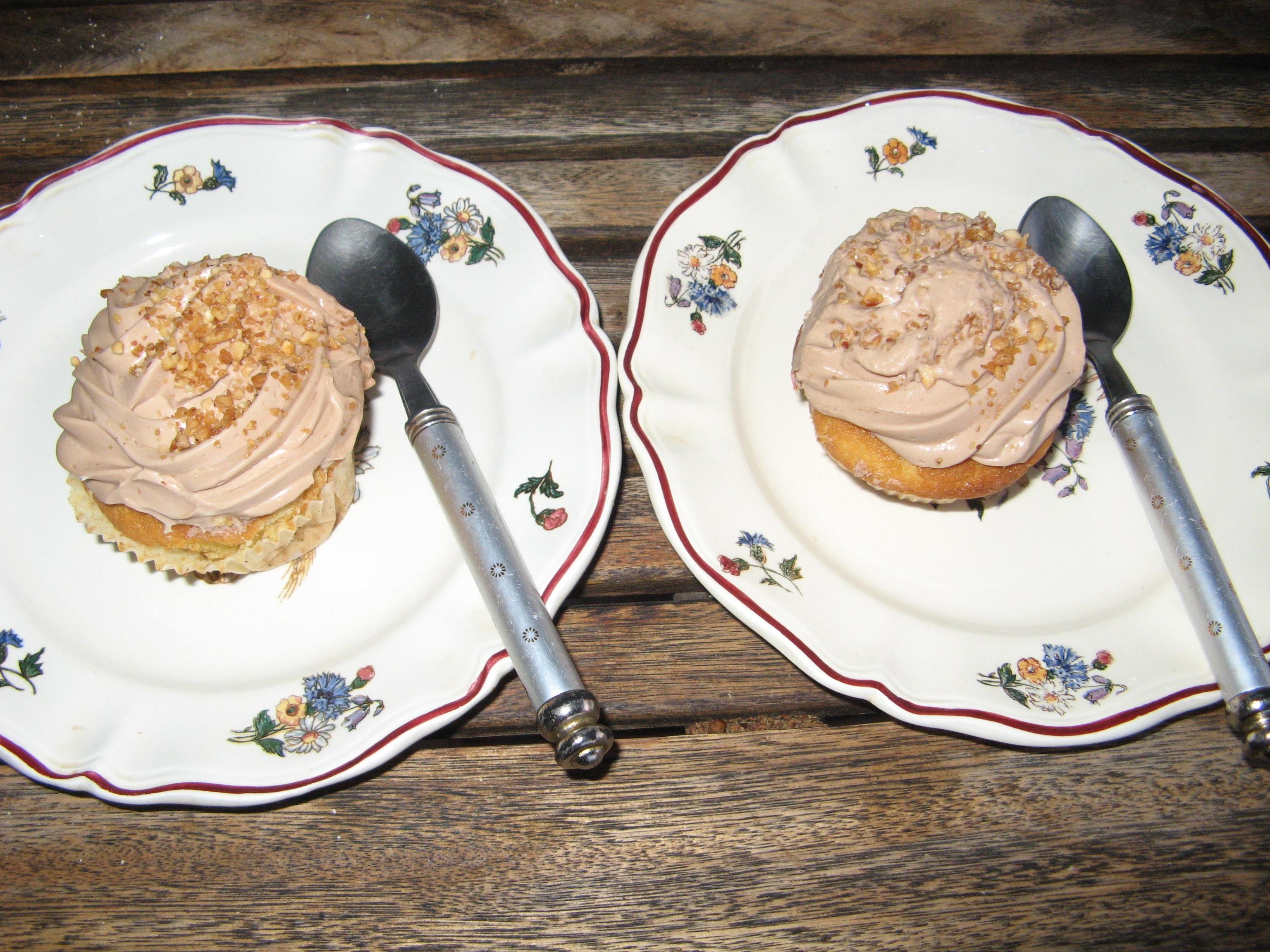 Cupcake à la vanille et à la crème aux noisettes