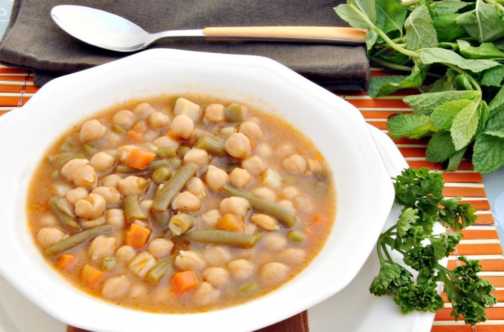 Connu Une recette de famille : le potaje, soupe pied-noire très  WW38