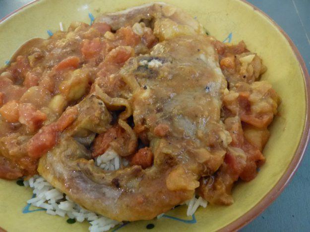 Curry d'agneau à la tomate et à la banane