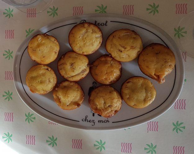 Des muffins aux jambon et brie pleins de saveurs
