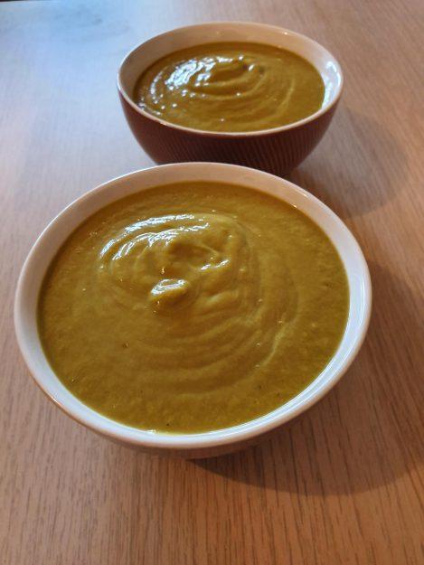 Une délicieuse soupe antigaspillage poireaux carottes brocolis