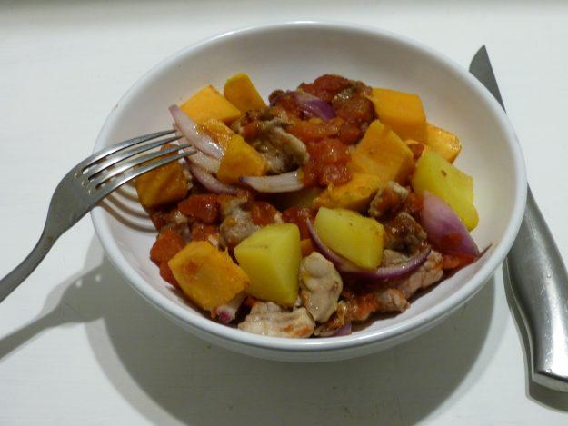 Un savoureux tian de poulet à la patate douce